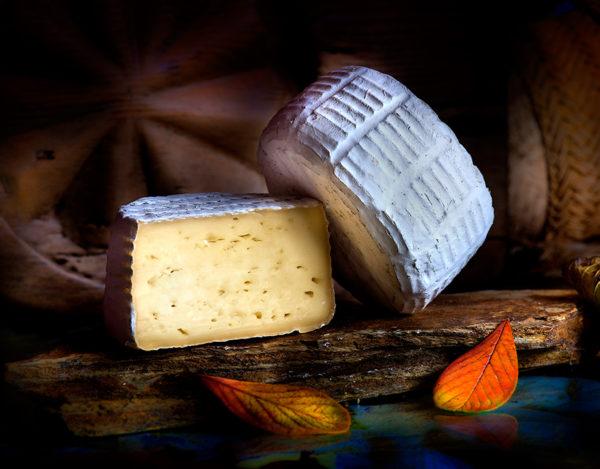 Quesuco de Liébana elaborado en la quesería Río Deva