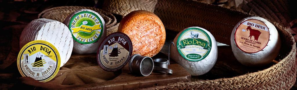 """Variedad de quesos Río Deva. Utilizada para el artículo """"Razones para consumir queso"""""""